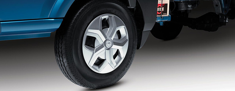 Tata Intra V20 Truck Outdoor Tyre